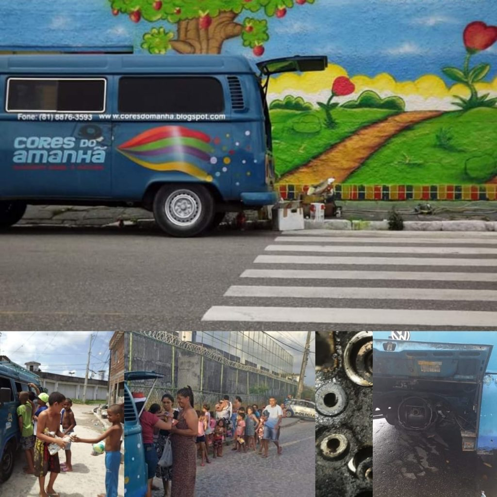 Kombi do movimento cultural Cores do Amanhã